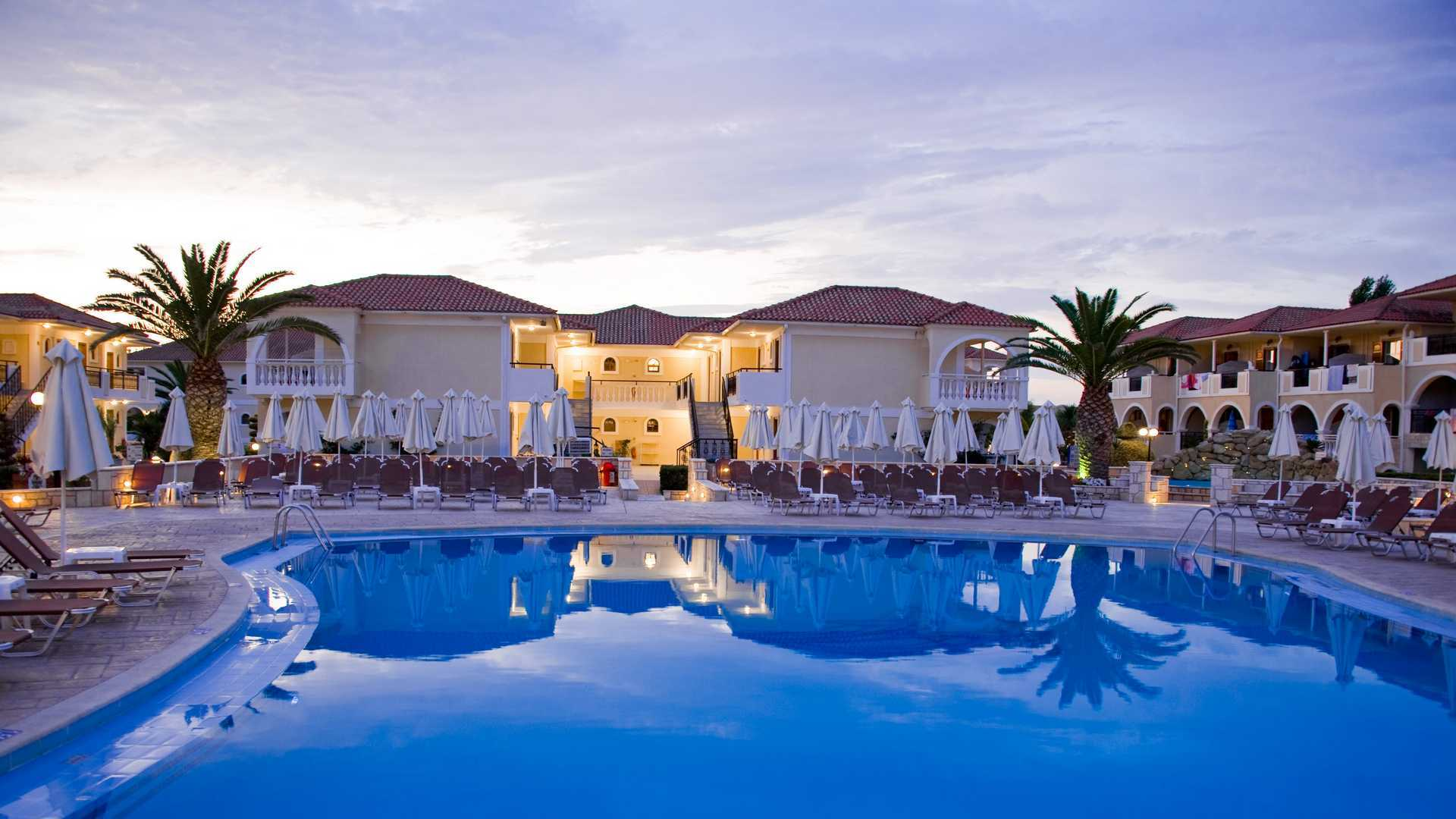 Book your wedding day in Marelen Hotel & Apartments Zante