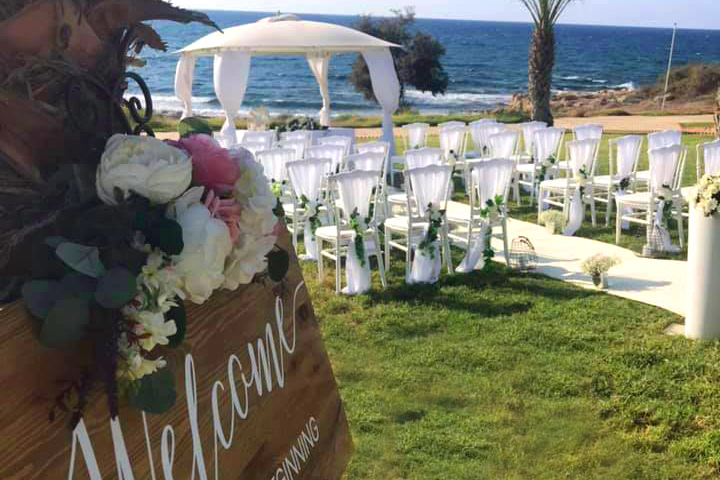 Book your wedding day in Louis Paphos Breeze