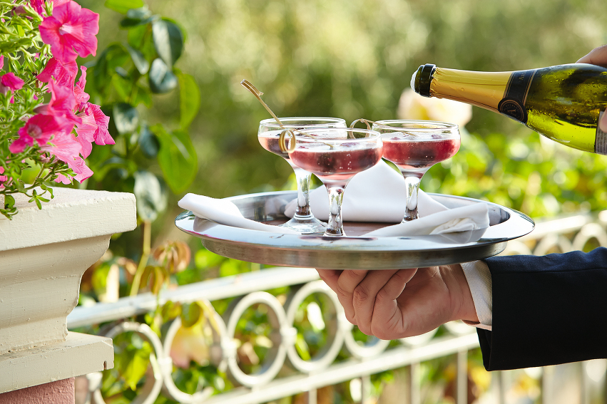 17-Odysseus-Cocktail-Terraces-enjoy-beautiful-moments-whilst-drinking-a-Corfu-Imperial-cocktail_72dpi.jpg