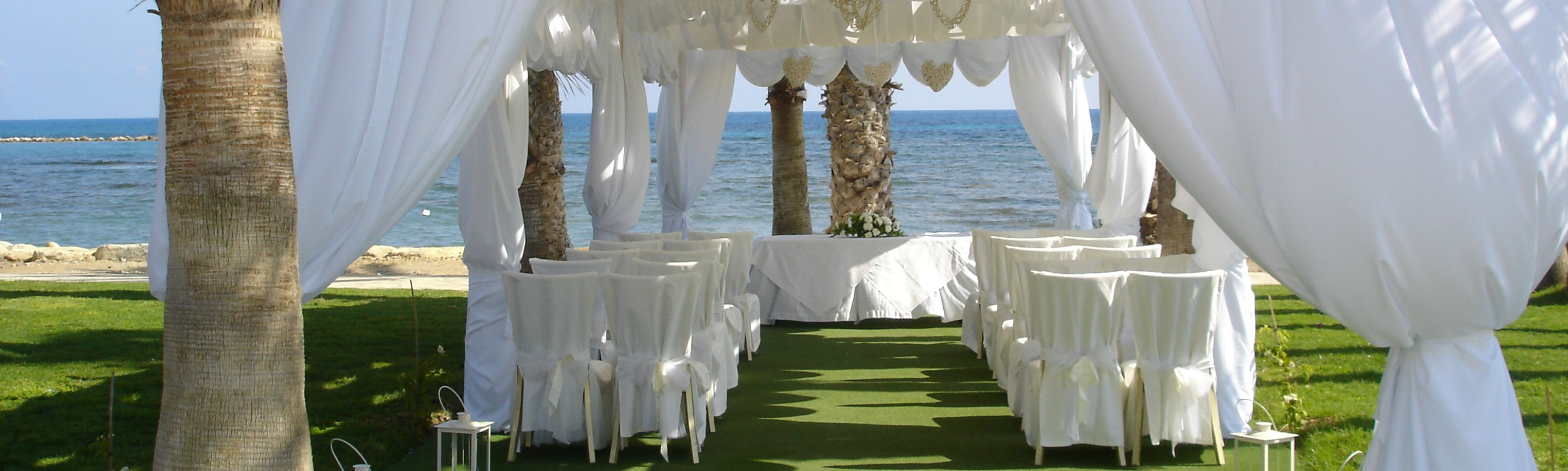 Louis_Phaethon_Beach_-_Wedding_gazebo_0001.jpg