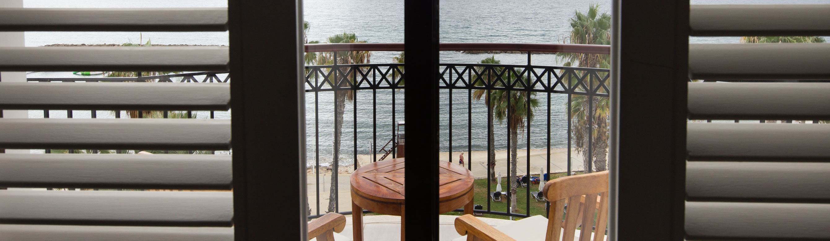annabelle_accommodation_sea_view_balcony.jpg