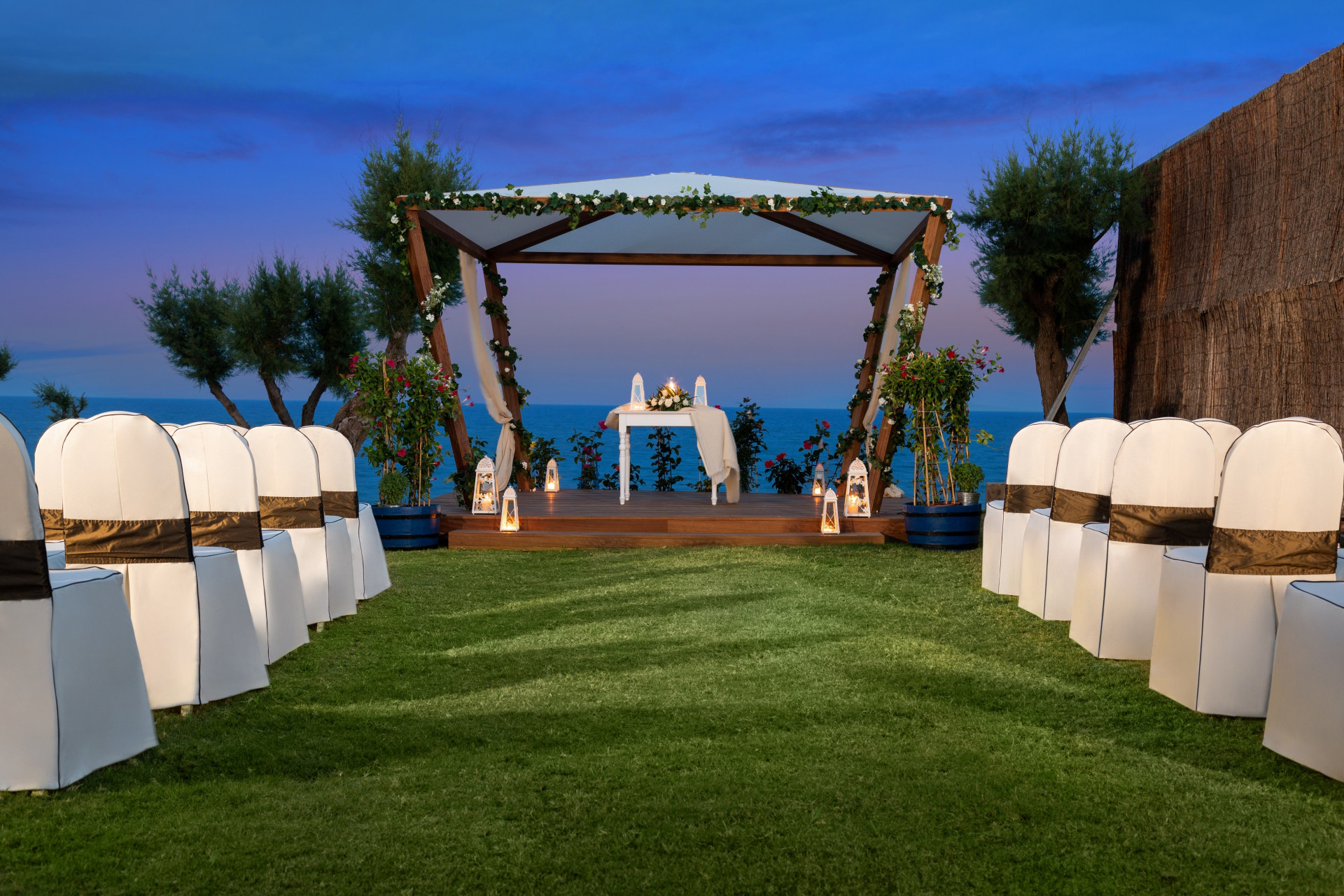 Book your wedding day in Amada Colossos Resort