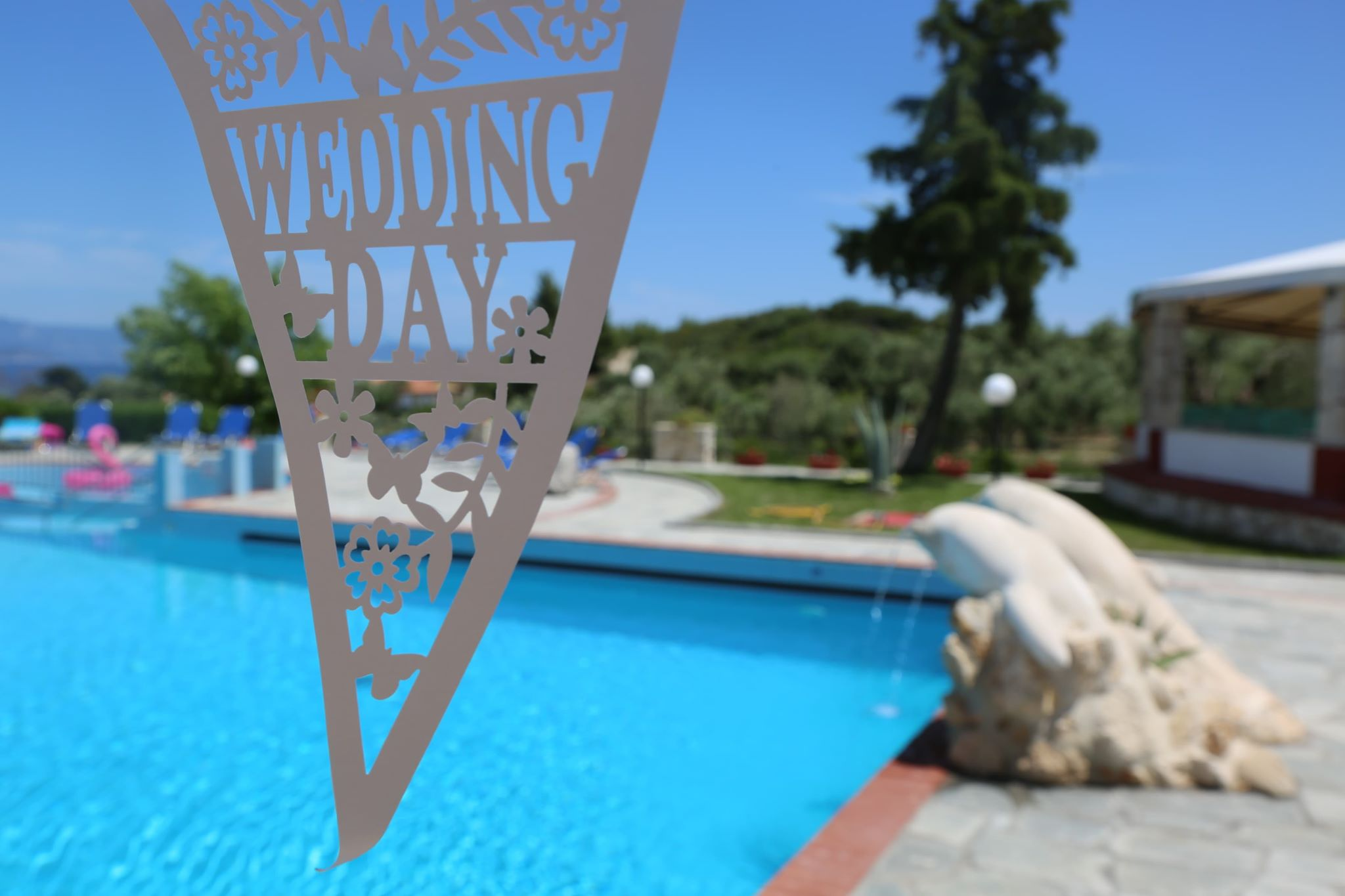 Book your wedding day in Hilltop Hotel